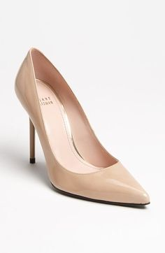 Free shipping and returns on Stuart Weitzman 'Nouveau' Pump at Nordstrom.com. A low-cut vamp heightens the allure of a single-sole pump set on a slim, stiletto heel. Stuart Weitzman shoes are favorites among editors, stylists and celebrities – and it's no wonder. Each Stuart Weitzman shoe is crafted in Spain with a keen attention to detail and made to feel as great as it looks.