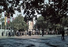 Budapest in the – The peaceful moments of the city in rare colour photographs Budapest, Rest Of The World, Color Photography, World War Two, Hungary, 1940s, Past, Street View, In This Moment