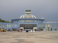 Bucharest Airport, Bucharest, Romania. Mi-e dor Bucharest aeroport!