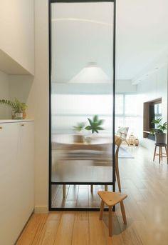 Living Room Partition, Room Partition Designs, Living Room Divider, Glass Partition, Partition Ideas, Partition Screen, Glass Room Divider, Diy Room Divider, Divider Ideas