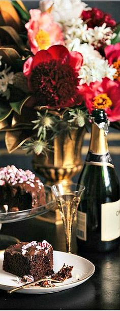 Holiday Glamour...Wine, Chocolate & Flowers.