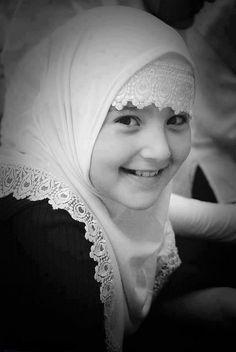 A young Muslimah, masha Allah.