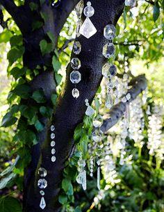 Dreamy Bohemian Garden Spaces Dishfunctional Designs: Dreamy Bohemian Garden Spaces The post Dreamy Bohemian Garden Spaces appeared first on Garten. Beautiful Moon, Beautiful Gardens, Dream Garden, Garden Art, Garden Drawing, Garden Oasis, Diy Garden, Wooden Garden, Shade Garden