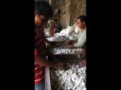 We produce pebble tiles, pebble borders & standing pebbles. Lux4home™. Piedra de rio / Flusskiesel. ...:::: http://www.Lux4home.com ::::...
