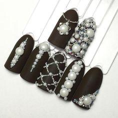 Девочки в наличии керамические жемчужинки, держатся и носятся идеально, блеск не теряют! 100₽- 50шт. #многостраз #курсыманикюра #курсыновосибирск #ногтинов�: