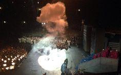 Un #fulmine sul palco dell'#arena! #Nabucco il re di Babilonia perde la corona #inarena