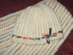 Rockin' the Loom Patterns Woven Ribbon Hat (free pattern)