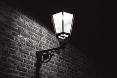 lamp #bw #blackandwhite #lamp #monochrome #street #fuji #fujifilm #xt1 #night #dark #lights #1855mm #shadows