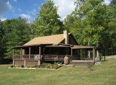 Secluded Mountain Fox Den Cabin