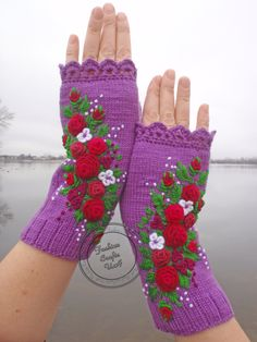 Gloves and mittens Lace Bouquet with flowers Purple mitts Fingerless gloves Hand warmers Embroidery with rose Knitting gloves Merino wool Knit Mittens, Knitted Gloves, Fingerless Gloves, Winter Holiday, Holiday Gifts, Lace Bouquet, Embroidered Roses, Cloth Bags, Bridal Bouquets