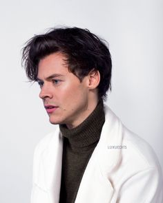 one direction 2014 Harry styles one direction ; harry styles in eine richtung ; harry styles one direction ; harry styles one direction ; Harry Styles Imagines, Harry Styles Fotos, Harry Styles Edits, Harry Styles Pictures, Harry Edward Styles, Hot Harry Styles, Harry Styles Dimples, Harry Styles With Baby, Harry Styles Clothes