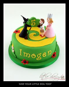 Wizard of Oz cake, love it, would love to have this for my birthday even if I am an adult.