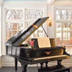 Love to play the piano! http://pinterest.com/cameronpiano