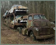 ABANDONED TRANSPORTER WITH CARS