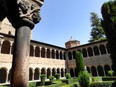 Das Kloster Ripoll sagt man, sei die Wiege Kataloniens. Hier hat Wilfried der Haarige, Guifré el Pelós, Graf von Barcelona und eine Art Stammvater der Katalanen, einst das Kloster Santa Maria de Ripoll gegründet.