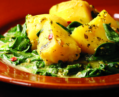 Spicy Stewed Potatoes and Spinach with Buttermilk (Aloo chaas) | vgd (4)
