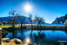 "Photo ""A sunny day on lake Garda, Italy."" by Mattia Bonavida (@MattiaBonavida) #500px http://500px.com/photo/25107893"