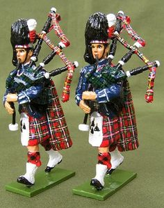 Canadian Guard Piper toy soldiers