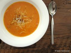 Samettinen tomaattikeitto - 52 Weeks of Deliciousness 52 Weeks, Thai Red Curry, Soup Recipes, Dinner, Fruit, Vegetables, Ethnic Recipes, Food, Dining