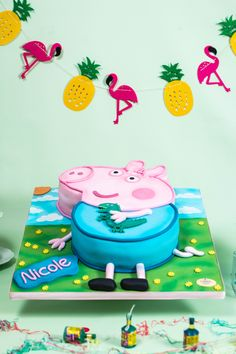 Check out our exclusive #PeppaPig themed cake we made for Nicole's 4th Birthday Party in Brentford! 📷🐽📷🐷  #NoveltyCake #CakesToday #birthdaycake