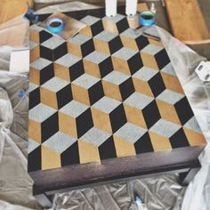 The Aestate: diy Kubus table