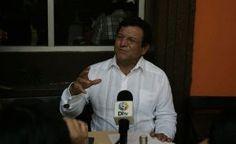Luego del primer debate en el que participaron sólo seis de los siete abanderados a la gubernatura estatal, Pedro Arturo López Obrador, aseguró que sí apoyará a su hermano Andrés Manuel en sus aspiraciones presidenciales en el 2018, pero en este 2016, va a apoyar al candidato de la Alianza para Mejorar Veracruz, el […]