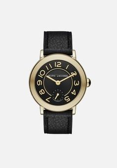 Marc Jacobs Riley - Women Wrist Watch on YOOX. The best online selection of Wrist Watches Marc Jacobs. YOOX exclusive items of Italian and international designers - Secure payments Marc Jacobs Uhr, Marc Jacobs Watch, Bracelet Cuir, Bracelet Watch, Oversized Watches, Marc Jacobs Jewelry, Outfits Kombinieren, Leather Wristbands, Hand Watch