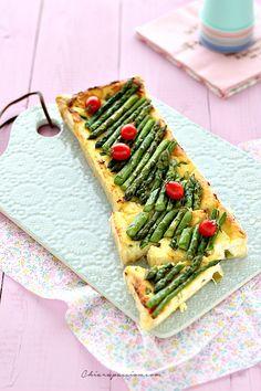 Sfogliata con asparagi e ricotta. Puff pastry asparagaus - Chiarapassion