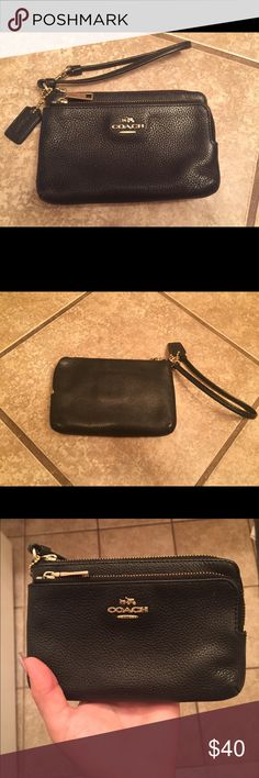 Black Coach Wallet Excellent condition, very lightly used. Coach Accessories