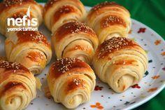 Patatesli Katmer Poğaça Greek Cooking, Cooking Time, Sweet Recipes, Cake Recipes, Pasta Recipes, Turkish Recipes, Ethnic Recipes, Savory Pastry, Kitchens
