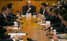 O presidente da Câmara, Eduardo Cunha, durante reunião de líderes para tratar da reforma política