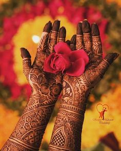 Laljees_weddingstore-special arrangements for mehandi night 💯
