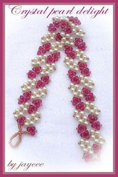 This pretty delicate bracelet is done in triangle weave. The pattern has detailed graphics with step by step text instructions. Recommended for Intermediate beaders.