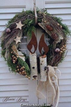 Love this rustic Christmas wreath. Would work for winter decor after the holidays too. Noel Christmas, Rustic Christmas, Winter Christmas, Christmas Ornaments, Xmas Wreaths, Door Wreaths, Rustic Wreaths, Holiday Crafts, Holiday Decor