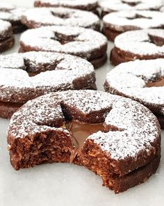 Cake with olives and feta - Clean Eating Snacks Chocolate Hazelnut Cookies, Chocolate Crinkles, Almond Cookies, Chocolate Biscuits, Cookies Cupcake, Linzer Cookies, Cupcakes, Christmas Cooking, Christmas Desserts