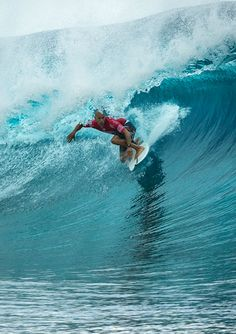 Kelly Slater Wins The Billabong Pro Tahiti - The ultimate highlight reel from a memorable day at Teahupoo