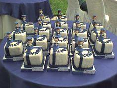 TORTA DE PROMOCION : TORTAS UNICAS Graduation Party Desserts, Graduation Cake, Graduation Ideas, Mini Cakes, Cupcake Cakes, Mini Tortillas, Ideas Para Fiestas, Celebration Cakes, Cake Designs