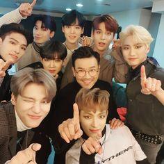 Yg Entertainment, Yg Groups, Jung Yunho, Woo Young, One Team, Kim Hongjoong, K Idols, Bias Wrecker, Boy Bands