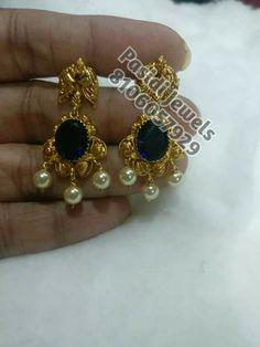 Sapphire earrings Gold Jhumka Earrings, Gold Earrings Designs, Beaded Jewelry Designs, Gold Jewellery Design, Sapphire Earrings, Gold Jewelry Simple, Mom Jewelry, Small Earrings, Indian Jewelry
