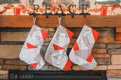 Quilted stockings AND a free printable pattern? Christmas Sewing Projects, Christmas Quilt Patterns, Christmas Stocking Pattern, Christmas Ideas, Christmas Decorations, Quilted Christmas Stockings, Quilt Patterns Free, Square Quilt, Pattern Paper