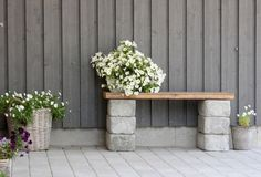 DIY garden bench ideas small cinder block bench wood slats flower pots
