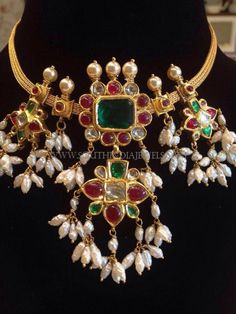 Gold Jewelry In Pakistan Jewelry Design Earrings, Gold Earrings Designs, Gold Jewellery Design, Necklace Designs, Diamond Jewellery, Silver Jewellery, Silver Rings, Bridal Jewelry, Beaded Jewelry