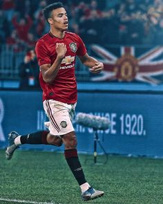 MANCHESTER UNITED fans believe Mason Greenwood is ready to fill Romelu Lukaku's boots if the Belgian eventually leaves. Manchester United Wallpaper, Manchester United Players, Manchester City, Football Player Drawing, Soccer Players, Manchester United Old Trafford, Man Utd Fc, Cristano Ronaldo, Official Manchester United Website