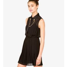 """black chained collar dress pleated black chiffon dress ✨ sheer top, fully lined bottom ✨metal cheetah collar chain included✨length- 30"""" Forever 21 Dresses"""