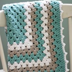 Granny Square Baby Blanket - Free Pattern