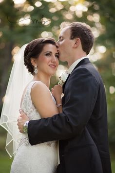 Wedding photographer in Wooster, Cleveland, Akron, canton, Columbus Ohio.   #couplesposing #woosterohioweddingphotographer   #clevelandohioweddingphotographer
