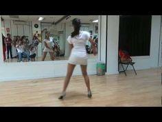 ▶ CLASE DE BACHATA LADY STYLE NIVEL BASICO -MEDIO DEISY - YouTube