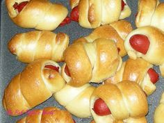 Ms Pink Piglet's World: Pigs in Blankets, Mini Hot Dog Rolls. Kid's Party Food?