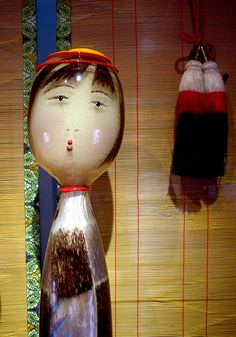 Glass Kokeshi with sudari. David Svenson, Public Glass