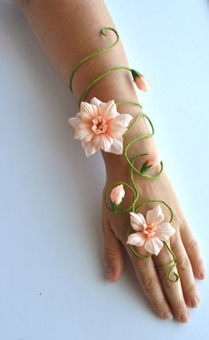 Any colour flower and vine fairy arm cuff, slave bracelet wedding accessories bride, bridesmaids, flower girls whimsical woodland style fantasias fada Peach flower arm cuff arm wrap slave bracelet bride bridesmaids fairy costume Fairy Costume For Girl, Fairy Tale Costumes, Girl Costumes, Woodland Fairy Costume, Fairy Costume Diy, Fairy Halloween Costumes, Renaissance Fairy Costume, Woodland Fairy Makeup, Costume Ideas